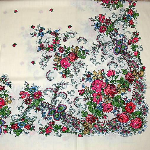 83bf6756bb8 Velký smetanový kašmírový šátek s květy   REPARADA - SAShE.sk ...