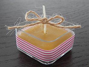 Darčeky pre svadobčanov - Sviečky z včelieho vosku - štvorčeky - 7763553_