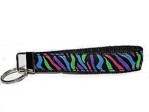 Kľúčenky - Kľúčenka Colour Zebra - 7765976_