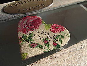 Darčeky pre svadobčanov - kvietkované vyšívané magnetky - 7766775_