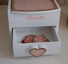 Krabičky - Srdiečková šperkovnica - 7764872_