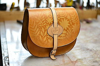 Kabelky - kabelka kožená lovecká /saddle bag ARTEMIS S REMIENKOM , tan antique, vzor \