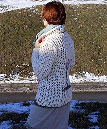 Svetre/Pulóvre - Háčkovaný sveter Ani zima, ani jar. - 7770365_