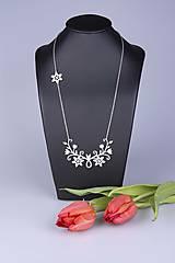 Náhrdelníky - Náhrdelník Kvety - dlhý 8cm - chirurg. oceľ/ pozlátené - 7768474_