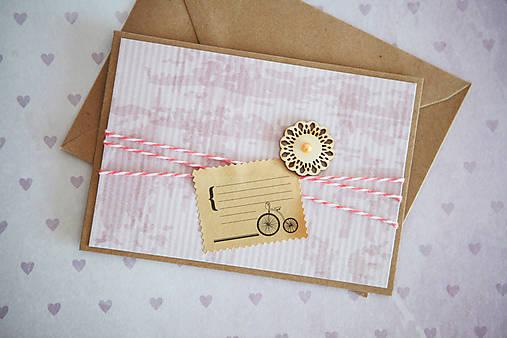 Scrapbook pohľadnica - ružová