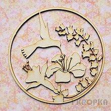 Polotovary - Výrez Zvieratá - Okrúhly výrez s kolibríkom a kvetinami - 7783267_
