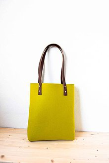 Kabelky - Urban... green... Felt & Leather... & Magnetic Closure - 7779369_