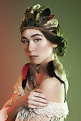 Ozdoby do vlasov - Bohémska čelenka z peria a kožičky - 7778789_