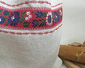 Úžitkový textil - Vrecúško na chlieb ,,S folklórnou nehou\