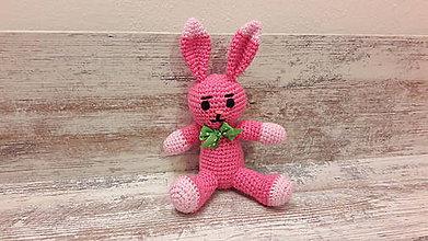 Hračky - malý zajko  tm.ružovo/ružový - 7782913_