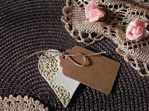 Svadobné magnetky s menovkami - púdrový dotyk ranného slniečka:-)