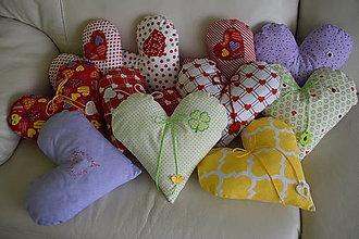 Úžitkový textil - Vankúšik Srdiečko - 7787263_