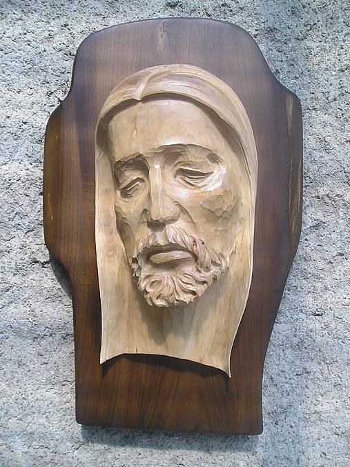 Hlava Krista na kríži