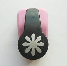 Pomôcky/Nástroje - Dierovačka na hrubší papier, moosgummi - 25 mm, kvet, kvetinka - 7787878_