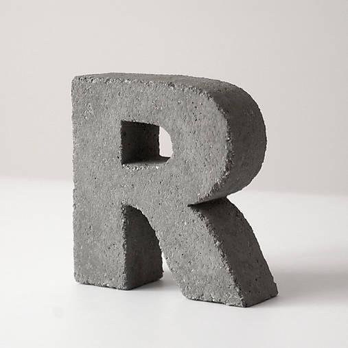 "Držiak kníh z betónu ""R"""