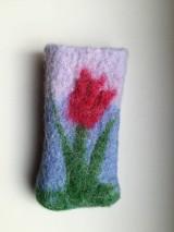 Na mobil - Plstený obal na mobil s tulipánom - 7790251_