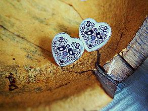 Náušnice - Veľké napichovacie srdiečka s čierno-bielym folk vzorom - 7790153_