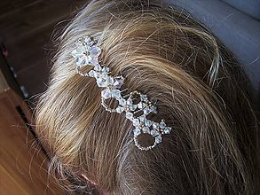 Ozdoby do vlasov - ľadovo biele kvety - 7798851_