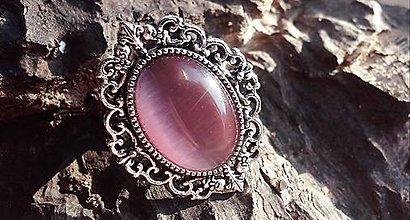 Prstene - Starostrieborný antique prsteň s ružovým mačacím okom - 7799587_
