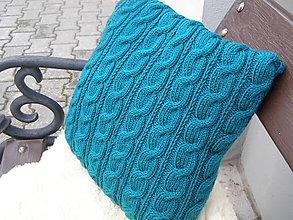 Úžitkový textil - pletený vankúš - nežmolkuje sa - 7798374_