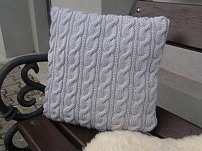 Úžitkový textil - pletený vankúš - nežmolkuje sa - 7798406_