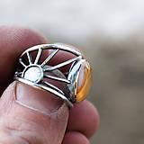 Prstene - Kde nechodí slnko, tam chodí prsteň - 7805782_