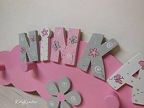 Tabuľky - vešiak pre Ninku - 7806800_