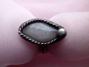 Prstene - prsteň cín + oceľ + Ruženín 2 - 7803120_