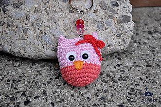 Kľúčenky - Prívesok - ružovo-lososová sovička s mašľou - 7806900_