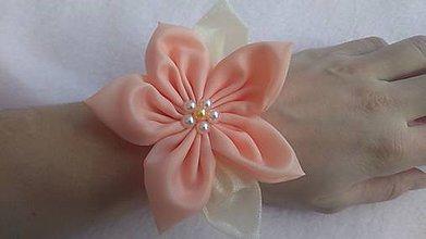 Kytice pre nevestu - Marhuľový náramok pre družičku-kvet - 7808556_