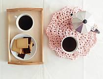 Úžitkový textil - háčkovaný kvet (cukrík) - 7807935_