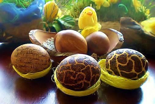 Veľkonočne drevené vajíčka, sady s kraslicami