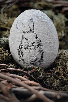 Dekorácie - Malý zajko na vajíčku - 7809512_