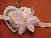 Pierka - Č. 28 Náramky s čipkou a dreveným srdiečkom - 7812533_
