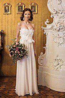 Šaty - Svadobné z lupienkov kvetov - zľava - 7815452_