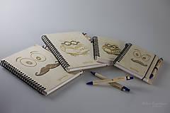 Nezaradené - Drevený zápisník formátu A5  - 7820387_
