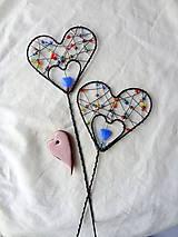 Dekorácie - srdiečko-zápich...láska je farebná - 7819400_
