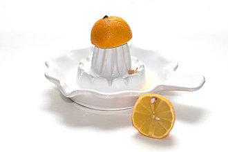 Pomôcky - Biely odšťavovač na citrusy - 7819623_