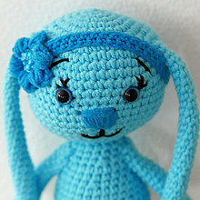 Hračky - modrý zajko s čelenkou - 7816610_