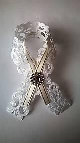 Bielo-zlaté svadobné pierko