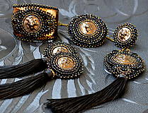 Náušnice - Lion Head Earrings - vyšívané náušnice - 7821824_