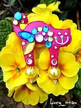 Odznaky/Brošne - Brošnička mačička-farebná kvetinka :) - 7822942_