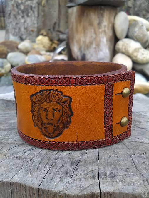 Kožený náramok Lev