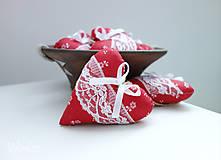 Darčeky pre svadobčanov - Srdiečka folk...červené - 7828608_