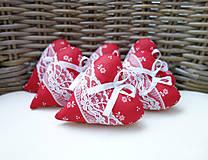 Darčeky pre svadobčanov - Srdiečka folk...červené - 7828609_