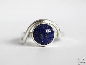 Prstene - Strieborný prsteň s lapisom lazuli - LapiS - 7834843_