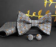 Doplnky - Exkluzívny set - pánsky motýlik s manžetovými gombíkmi a vreckovkou - 7833892_