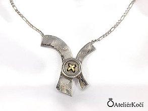 Náhrdelníky - Přívěsek s knoflíkem z damasteelu se zlatem - 7833672_