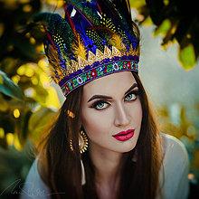 Ozdoby do vlasov - Tmavomodrá bohémská čelenka so zlatými lískami - 7835752_
