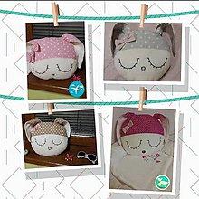 Úžitkový textil - Vankúšik - zajačik v šedej bodke - 7840500_